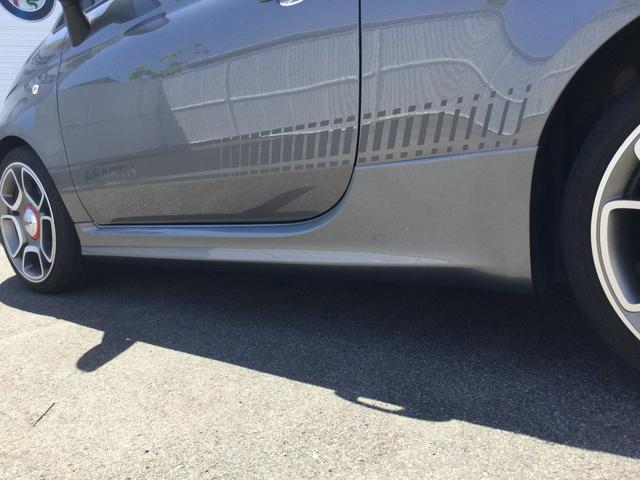コンペティツィオーネ 右ハンドルオートマ キセノンヘッドライト サベルのシート カーボンシフトパネル ブーストメーター 認定中古車保証 ロードサービス(21枚目)