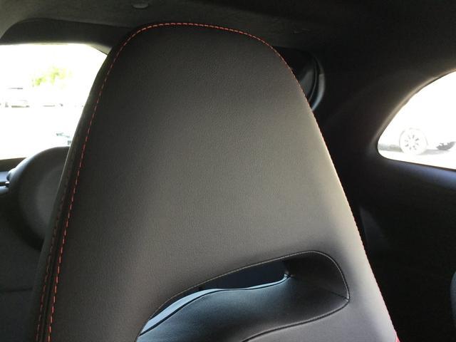 コンペティツィオーネ 右ハンドルオートマ キセノンヘッドライト サベルのシート カーボンシフトパネル ブーストメーター 認定中古車保証 ロードサービス(58枚目)