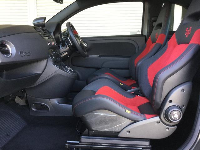 コンペティツィオーネ 右ハンドルオートマ キセノンヘッドライト サベルのシート カーボンシフトパネル ブーストメーター 認定中古車保証 ロードサービス(65枚目)