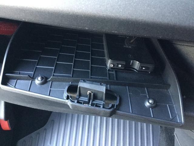 コンペティツィオーネ 右ハンドルオートマ キセノンヘッドライト サベルのシート カーボンシフトパネル ブーストメーター 認定中古車保証 ロードサービス(69枚目)