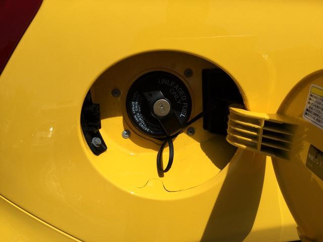 コンペティツィオーネ 右ハンドルマニュアル ユーコネクト アンドロイドオート アップルカープレイ キセノンヘッドライト 認定中古車保証 ロードサービス(29枚目)
