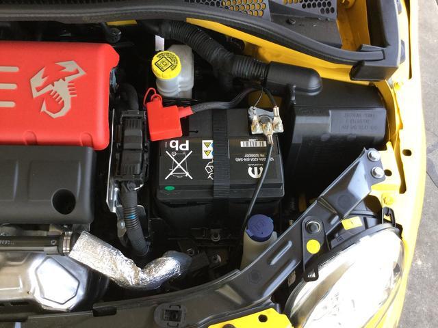 コンペティツィオーネ 右ハンドルマニュアル ユーコネクト アンドロイドオート アップルカープレイ キセノンヘッドライト 認定中古車保証 ロードサービス(32枚目)