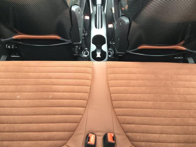 コンペティツィオーネ 左ハンドルマニュアル 2DINナビ ETC サベルトシート キセノンヘッドライト サイドデカール 認定中古車保証 ロードサービス付(30枚目)