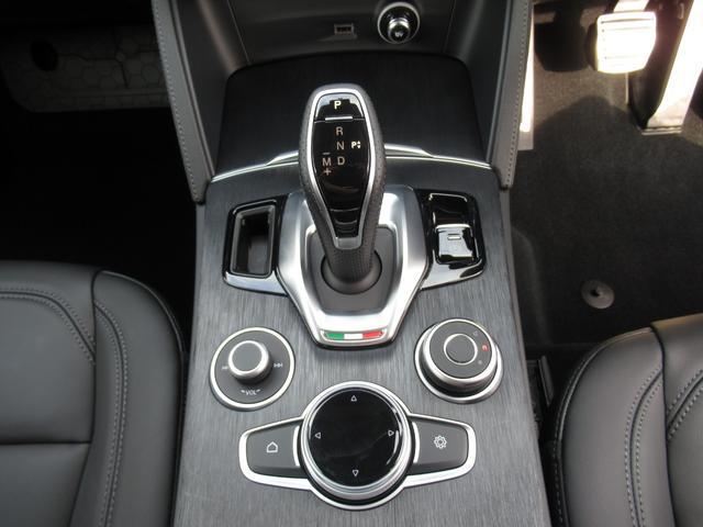 2.2ターボ ディーゼルQ4 ターボディーゼル スプリント 20インチアルミホイル リアスキッドプレート ミラーカバー カーテシランプ 新車保証継承 ロードサービス付(33枚目)