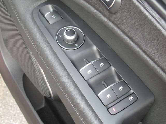 2.2ターボ ディーゼルQ4 ターボディーゼル スプリント 20インチアルミホイル リアスキッドプレート ミラーカバー カーテシランプ 新車保証継承 ロードサービス付(49枚目)
