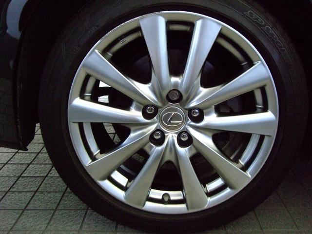 レクサス GS GS300h Iパッケージ 内装色 ブラック ウォ-ルナット