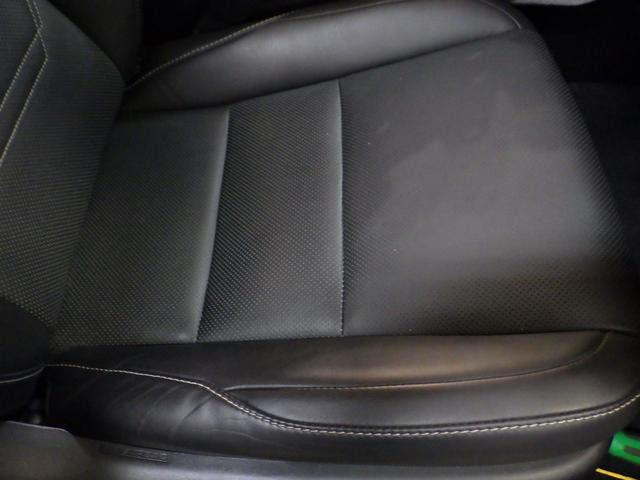 レクサス NX NX200t バージョンL 内装色 ブラック