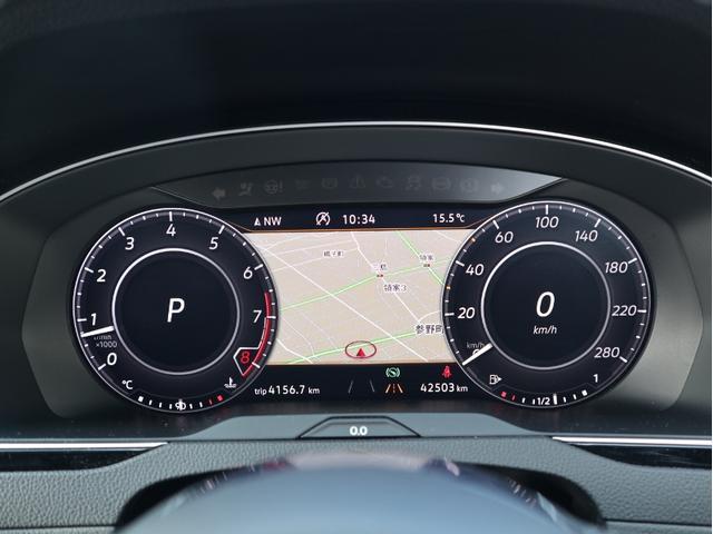 TFT12.3インチ大型ディスプレイによるフルデジタルメータークラスター。最先端の先進装備が、最上のドライビングをサポートします。