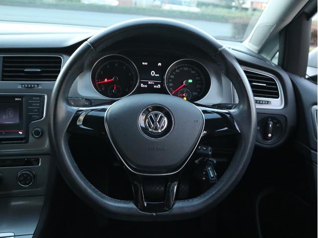 TSIトレンドラインブルーモーションテクノロジー 認定中古車 1オーナー 禁煙車 CD Bluetooth ETC(14枚目)