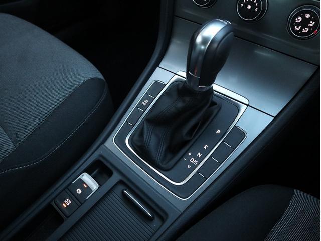 TSIトレンドラインブルーモーションテクノロジー 認定中古車 1オーナー 禁煙車 CD Bluetooth ETC(17枚目)
