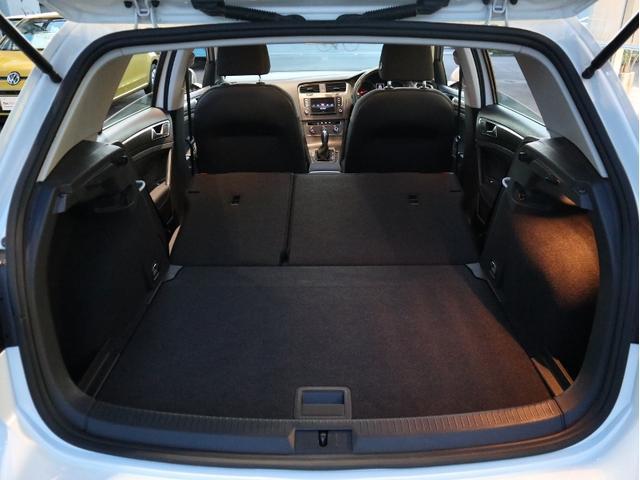 TSIトレンドラインブルーモーションテクノロジー 認定中古車 1オーナー 禁煙車 CD Bluetooth ETC(34枚目)