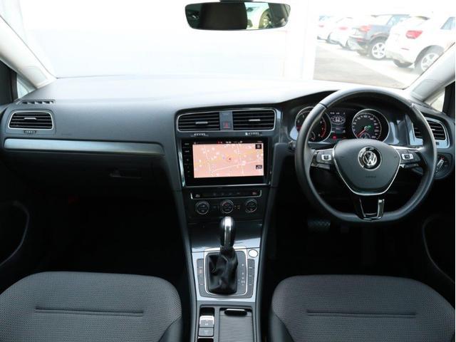 TSIコンフォートライン 認定中古車 1オーナー 禁煙車 純正ナビ Bluetooth バックカメラ ETC USB アダプティブクルーズコントロール レーンアシスト(13枚目)