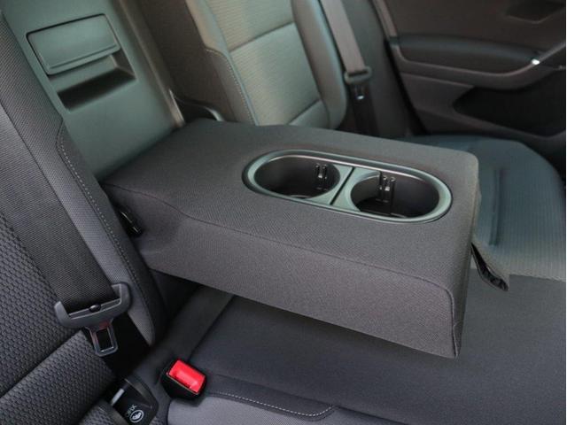 TSIコンフォートライン 認定中古車 1オーナー 禁煙車 純正ナビ Bluetooth バックカメラ ETC USB アダプティブクルーズコントロール レーンアシスト(36枚目)