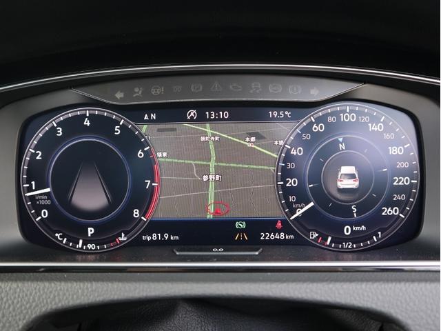 TFT12.3インチ大型ディスプレイによるフルデジタルメータークラスター。VWが誇る先進装備が快適なドライビングをサポートします。