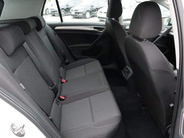 TSIトレンドライン 認定中古車 1オーナー 禁煙車 Bluetooth アダプティブクルーズコントロール ETC CD 衝突被害軽減システム アイドリングストップ(13枚目)