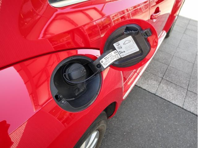 デザイン 認定中古車 1オーナー 禁煙車 純正ナビ Bluetooth ETC USB オートクルーズコントロール HIDヘッドライト スマートキー(23枚目)
