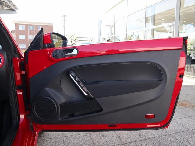 デザイン 認定中古車 1オーナー 禁煙車 純正ナビ Bluetooth ETC USB オートクルーズコントロール HIDヘッドライト スマートキー(24枚目)