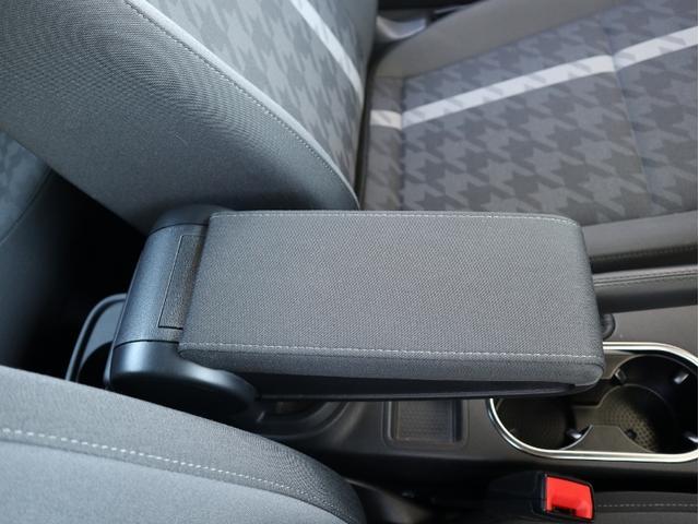デザイン 認定中古車 1オーナー 禁煙車 純正ナビ Bluetooth ETC USB オートクルーズコントロール HIDヘッドライト スマートキー(31枚目)