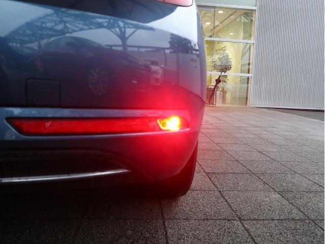 デザイン 認定中古車 1オーナー 禁煙車 純正ナビ Bluetooth ETC スマートキー HIDヘッドライト オートクルーズコントロール(47枚目)