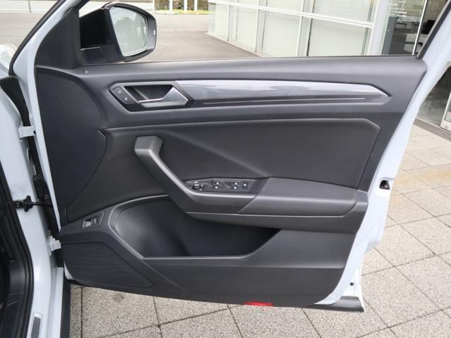 TDI Rライン 認定中古車 1オーナー 禁煙車 デモカー   純正ナビ Bluetooth バックカメラ ETC USB アダプティブクルーズコントロール レーンアシスト クリアランスソナー ルーフレール(28枚目)