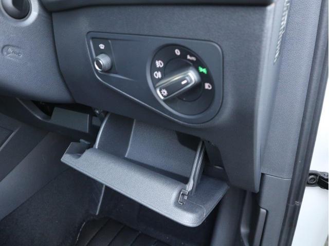 TSI ハイライン 1オーナー禁煙 認定中古車 純正ナビ アラウンドビューカメラ ETC ヘッドアップディスプレイ アダプティブクルーズコントロール レーンアシスト シートヒーター クリアランスソナー 電動リヤゲート付き(38枚目)