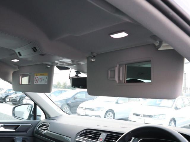 TSI ハイライン 1オーナー禁煙 認定中古車 純正ナビ アラウンドビューカメラ ETC ヘッドアップディスプレイ アダプティブクルーズコントロール レーンアシスト シートヒーター クリアランスソナー 電動リヤゲート付き(42枚目)