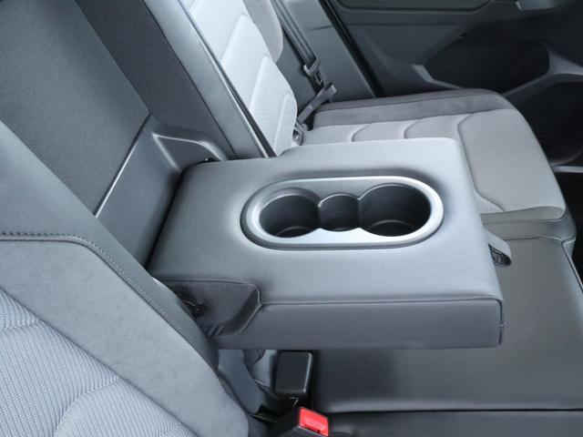 TSI Rライン ブラックスタイル 認定中古車 1オーナー 禁煙車 純正ナビ Bluetooth ETC USB アラウンドビューカメラ アダプティブクルーズコントロール シートヒーター ルーフレール レーンアシスト(50枚目)