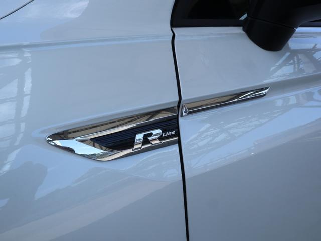 TSI Rライン ブラックスタイル 認定中古車 1オーナー 禁煙車 純正ナビ Bluetooth ETC USB アラウンドビューカメラ アダプティブクルーズコントロール シートヒーター ルーフレール レーンアシスト(64枚目)