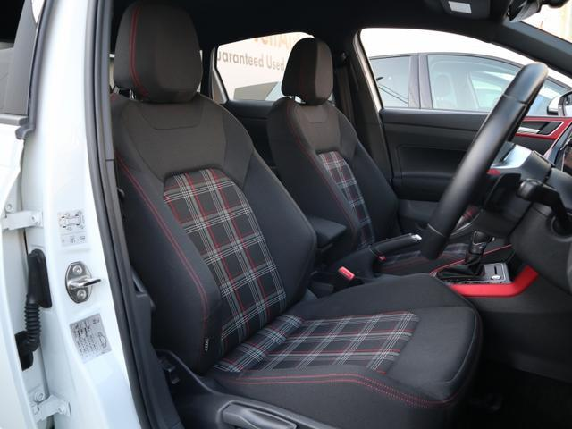 ベースグレード 認定中古車 1オーナー 禁煙車 純正ナビ Bluetooth ETC USB アダプティブクルーズコントロール クリアランスソナー ブラインドスポット リアトラフィックアラート(12枚目)