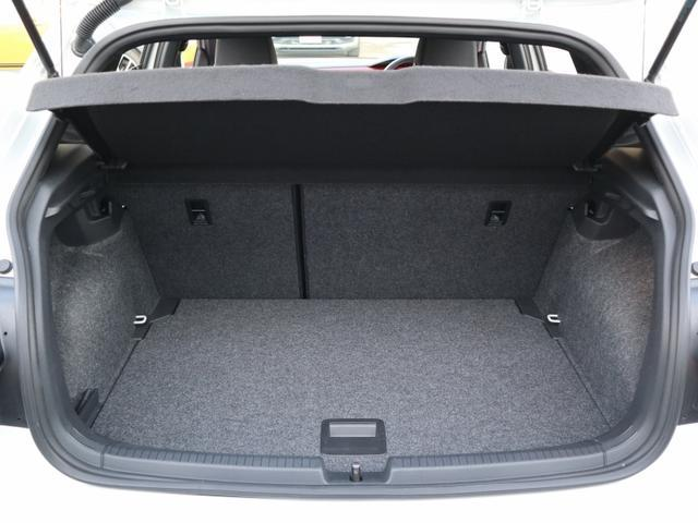ベースグレード 認定中古車 1オーナー 禁煙車 純正ナビ Bluetooth ETC USB アダプティブクルーズコントロール クリアランスソナー ブラインドスポット リアトラフィックアラート(22枚目)
