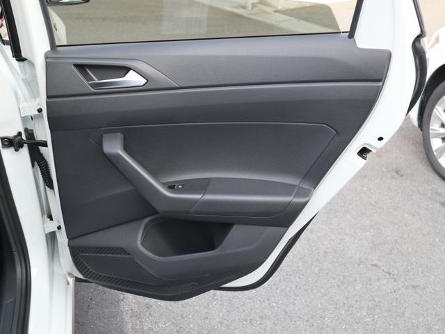 ベースグレード 認定中古車 1オーナー 禁煙車 純正ナビ Bluetooth ETC USB アダプティブクルーズコントロール クリアランスソナー ブラインドスポット リアトラフィックアラート(29枚目)