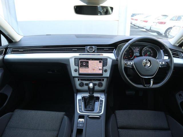 フォルクスワーゲン VW パサート TSIComfortline 地デジナビ・バックカメラ