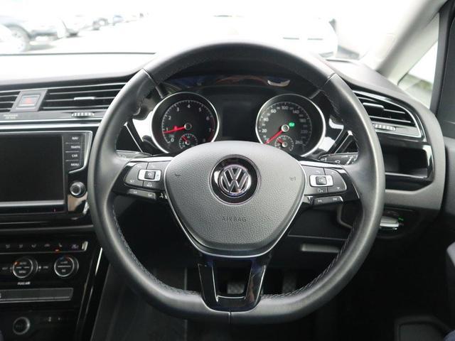 フォルクスワーゲン VW ゴルフトゥーラン TSI Highline バックカメラ・地デジナビ・ETC