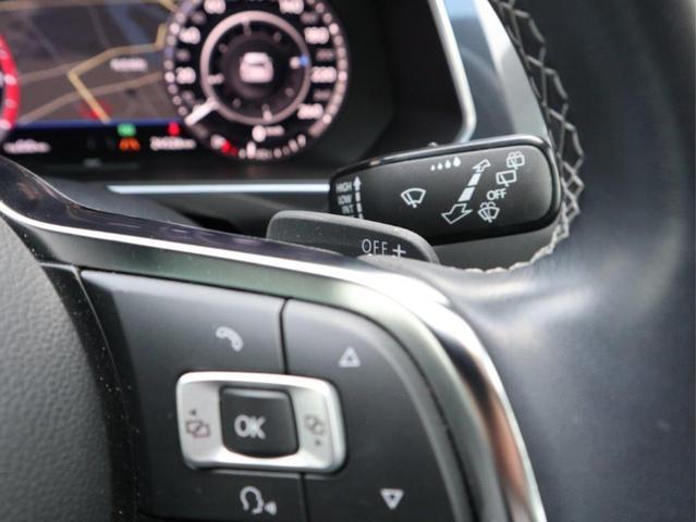 TSI Rライン デジタルメーター ヘッドアップディスプレイ アラウンドビューカメラ パークングアシスト 電動リヤゲート 19インチアルミホール付き 禁煙 認定中古車(18枚目)