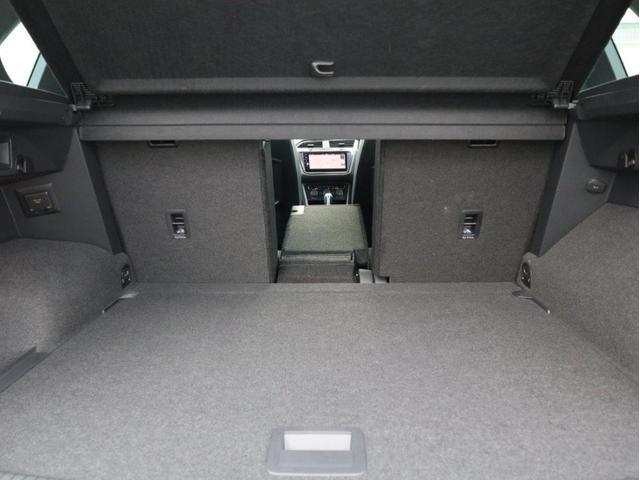 TSI Rライン デジタルメーター ヘッドアップディスプレイ アラウンドビューカメラ パークングアシスト 電動リヤゲート 19インチアルミホール付き 禁煙 認定中古車(39枚目)