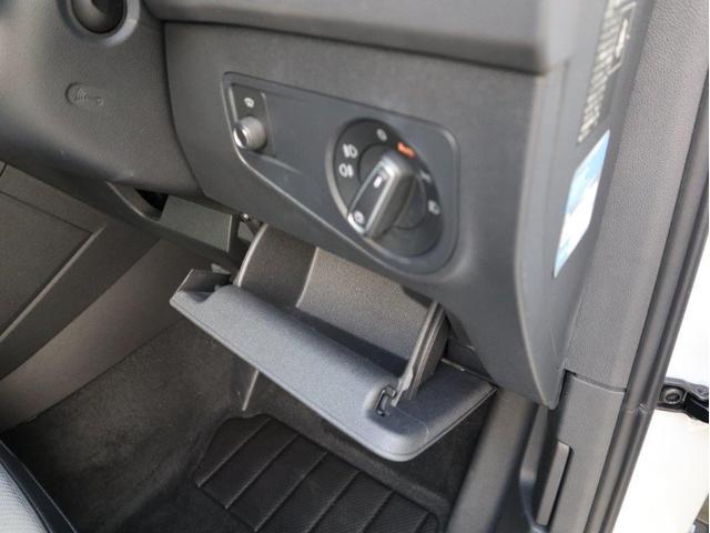 TSI Rライン デジタルメーター ヘッドアップディスプレイ アラウンドビューカメラ パークングアシスト 電動リヤゲート 19インチアルミホール付き 禁煙 認定中古車(45枚目)