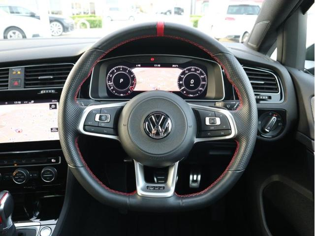 TCR LEDヘッドライト デジタルメーター 追従型クルーズコントロールACC パドルシフト 19インチアルミホール ダイナミックターンインジケーター 専用マフラー付 禁煙 認定中古車(14枚目)