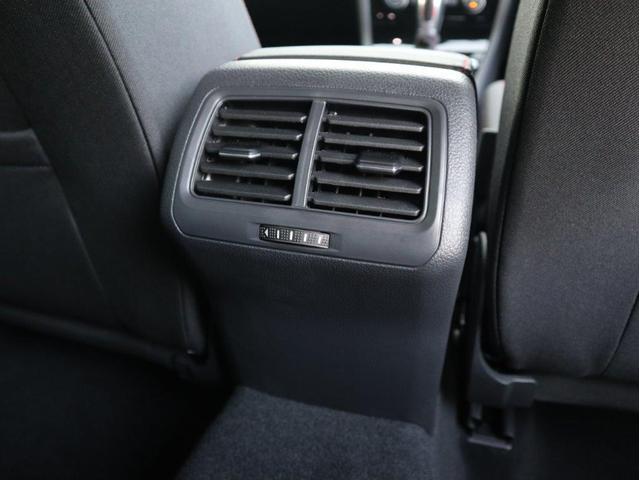 TCR LEDヘッドライト デジタルメーター 追従型クルーズコントロールACC パドルシフト 19インチアルミホール ダイナミックターンインジケーター 専用マフラー付 禁煙 認定中古車(32枚目)