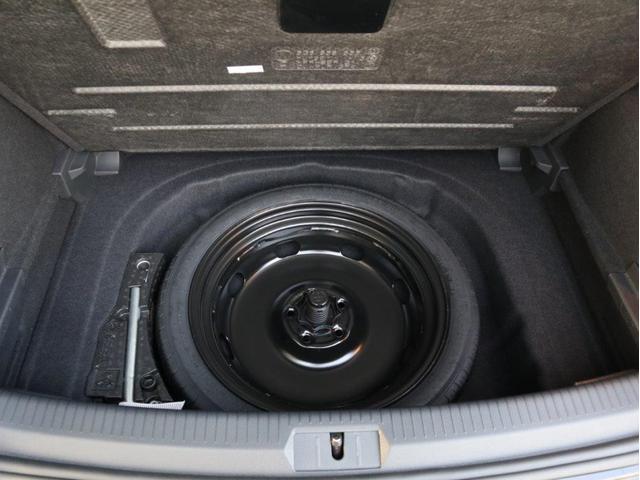 TCR LEDヘッドライト デジタルメーター 追従型クルーズコントロールACC パドルシフト 19インチアルミホール ダイナミックターンインジケーター 専用マフラー付 禁煙 認定中古車(35枚目)