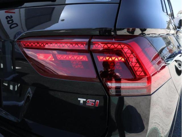 TSI ハイライン LEDヘッドアップ デジタルメーター 追従型クルーズコントロールACC レーンアシスト Bluetooth シートヒーター付き 禁煙 認定中古車(12枚目)