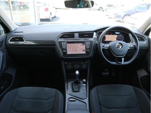 TSI ハイライン LEDヘッドアップ デジタルメーター 追従型クルーズコントロールACC レーンアシスト Bluetooth シートヒーター付き 禁煙 認定中古車(13枚目)