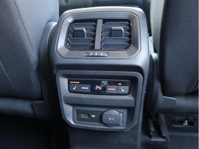 TSI ハイライン LEDヘッドアップ デジタルメーター 追従型クルーズコントロールACC レーンアシスト Bluetooth シートヒーター付き 禁煙 認定中古車(34枚目)