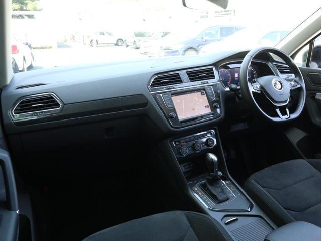 TSI ハイライン LEDヘッドアップ デジタルメーター 追従型クルーズコントロールACC レーンアシスト Bluetooth シートヒーター付き 禁煙 認定中古車(42枚目)