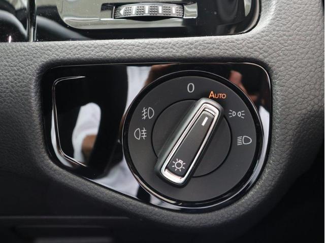ダイナミック LEDヘッドライト デジタルメーター ダイナミックターンインジケーター 追従型クルーズコントロールACC パドルシフト付き ワンオーナー 禁煙 2.0ターボ 認定中古車(18枚目)