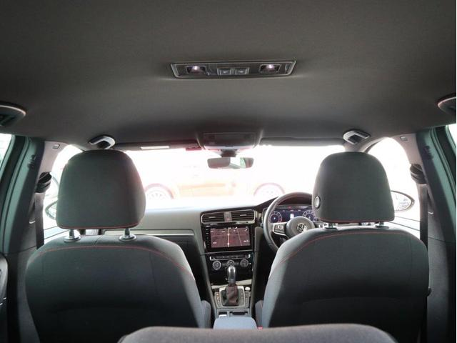 ダイナミック LEDヘッドライト デジタルメーター ダイナミックターンインジケーター 追従型クルーズコントロールACC パドルシフト付き ワンオーナー 禁煙 2.0ターボ 認定中古車(50枚目)