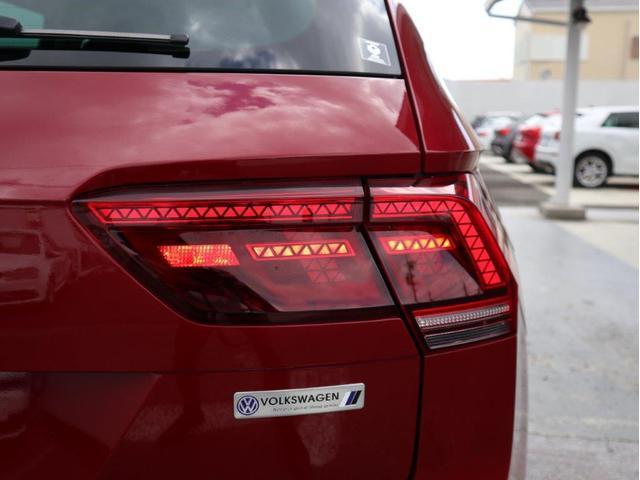 TSI ハイライン LEDヘッドライト デジタルメーター ヘッドアップディスプレイ 追従型クルーズコントロールACC アラウンドビューモニター シートヒーター 電動リヤゲート 障害物センサー付 禁煙 認定中古車(13枚目)