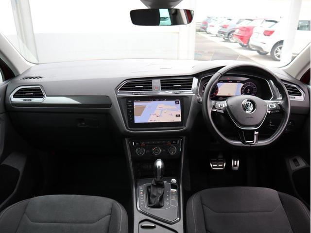 TSI ハイライン LEDヘッドライト デジタルメーター ヘッドアップディスプレイ 追従型クルーズコントロールACC アラウンドビューモニター シートヒーター 電動リヤゲート 障害物センサー付 禁煙 認定中古車(14枚目)