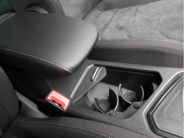 TSI ハイライン LEDヘッドライト デジタルメーター ヘッドアップディスプレイ 追従型クルーズコントロールACC アラウンドビューモニター シートヒーター 電動リヤゲート 障害物センサー付 禁煙 認定中古車(32枚目)