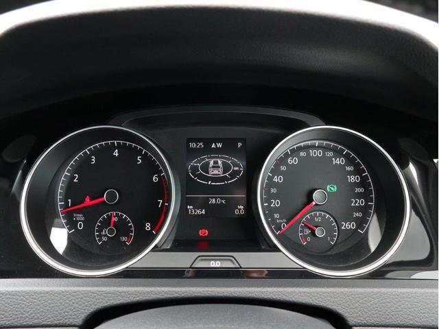 TSIハイラインブルーモーションテクノロジー バイキセノンヘッドライト レーンアシスト 追従型クルーズコントロールACC スマートキー プッシュスタートボタン 障害物センサー ブルートゥース付 禁煙 認定中古車(16枚目)