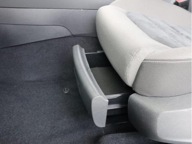 TSIハイラインブルーモーションテクノロジー バイキセノンヘッドライト レーンアシスト 追従型クルーズコントロールACC スマートキー プッシュスタートボタン 障害物センサー ブルートゥース付 禁煙 認定中古車(43枚目)